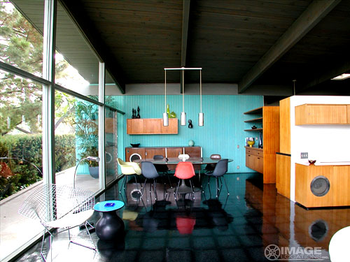 Retro Style Interior With Colour The Style Files